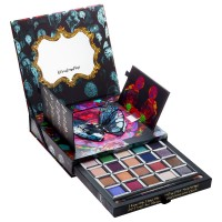 Urban-Decay-Alice-Through-Looking-Glass-Eyeshadow-Palette